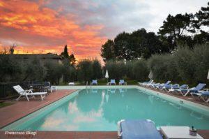 villa nottola piscina