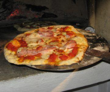 14 Pizza making 2