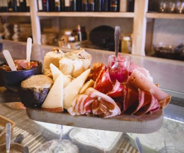 8. Gourmet Tour in centro storico