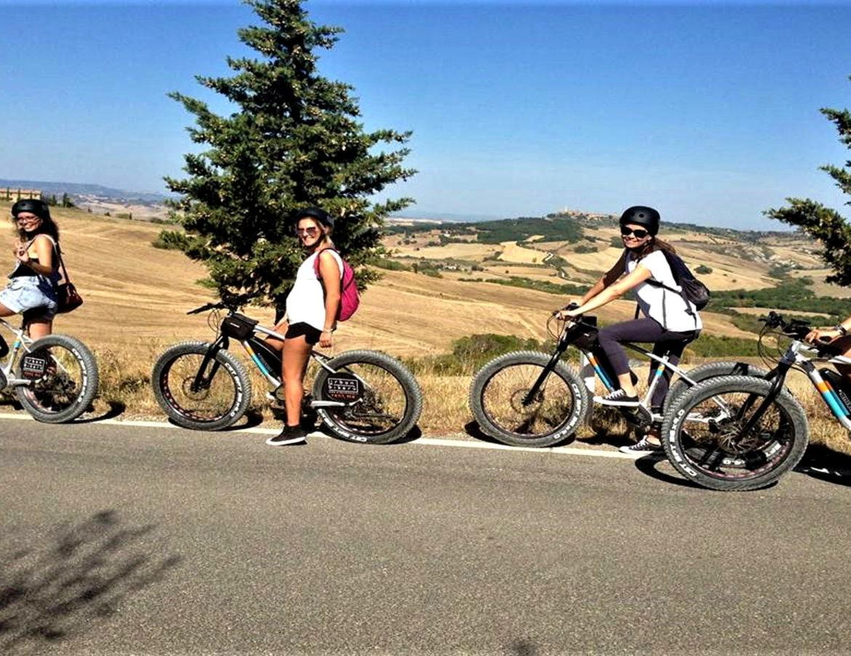 In Bici sul Sentiero della Barlettaia pienza montepulciano bike countryside nature